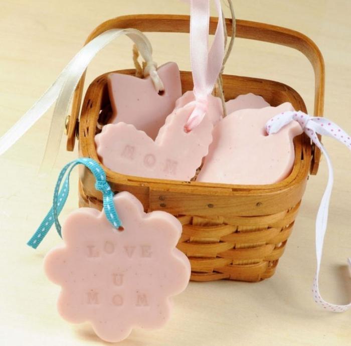 bfb-DIY-Soap-Gift-xyx