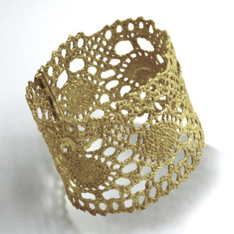 gold-crochet-bracelet