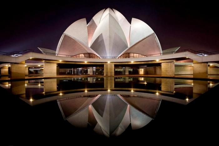 lotus-temple-night
