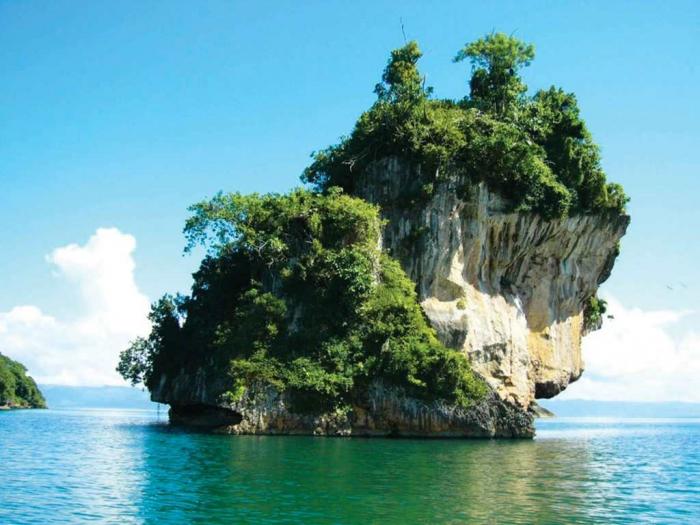 Dominican republic Los Haitises National Park