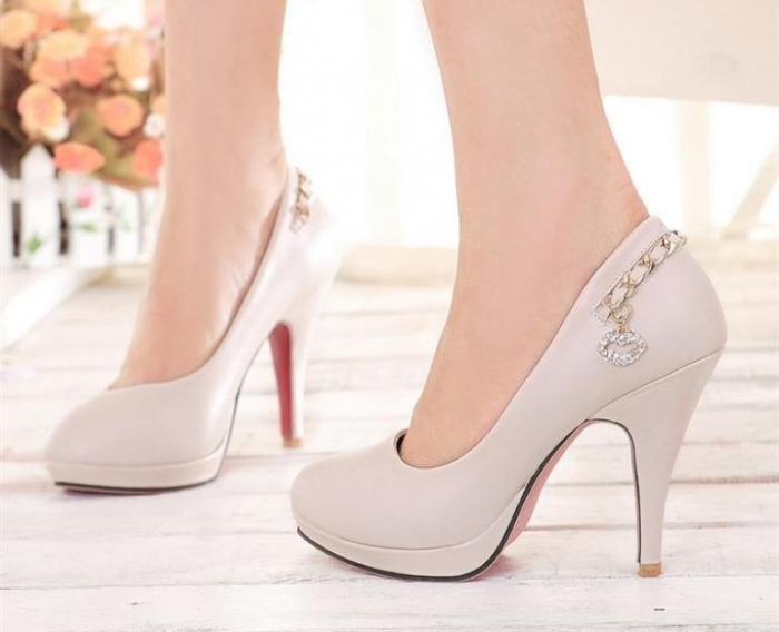 Fashion-high-heeled-princess-shoes-women-s-black-and-white-thin-heels-platformPumps-single-shoes-new