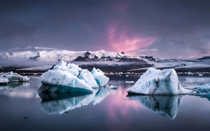 Incredible-Nature-Scenery-in-Iceland-