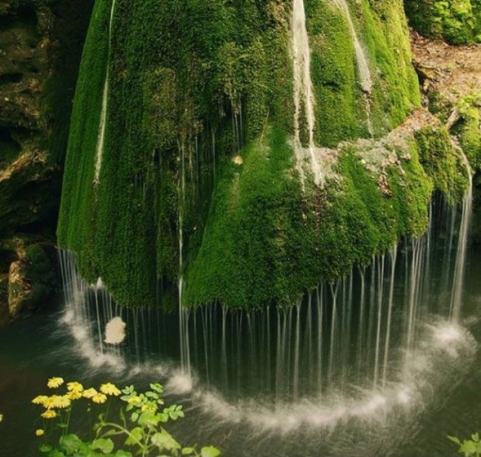 Waterfall+in+Transylvania+Romania.+Hey+we+re+fundraising+for+our+Kickstarter_cc8464_4241374
