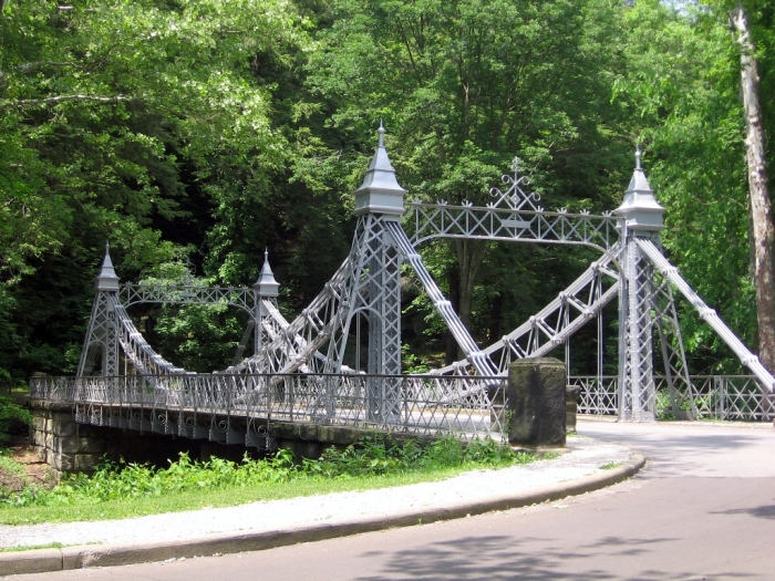 Youngstown, Ohio Mill_Creek_Park_Suspension_Bridge