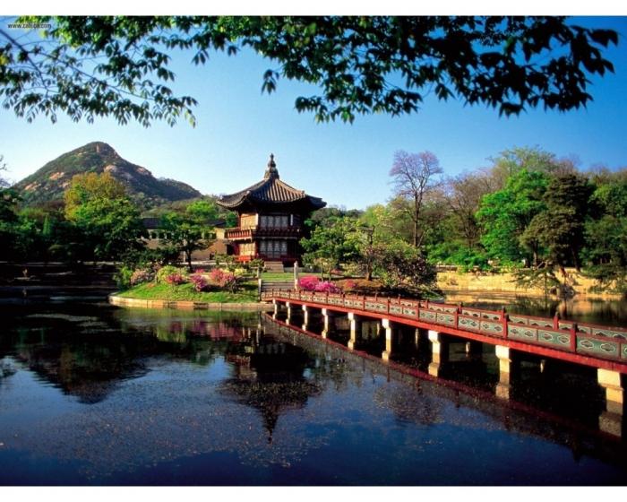 hyangwonjong_pavilion_lake_seoul_south_korea_wallpaper-1280x1024