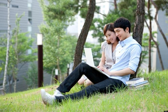 o-KOREAN-STUDENTS-facebook