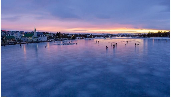 reykjavik_tjornin_pond_2014._image_by_roman_gerasymenko