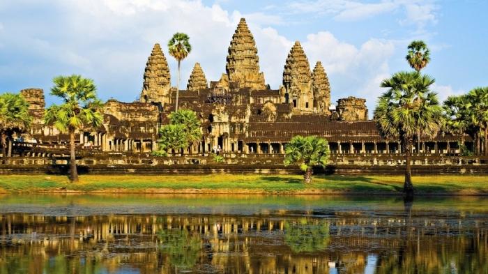 Cambodia  secret-cambodia-hero