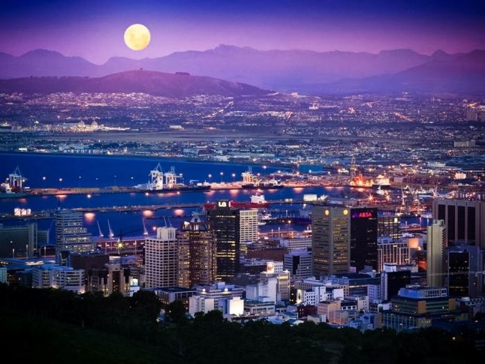 Cape Town, South Africa south-africa-cape-town-full-moon