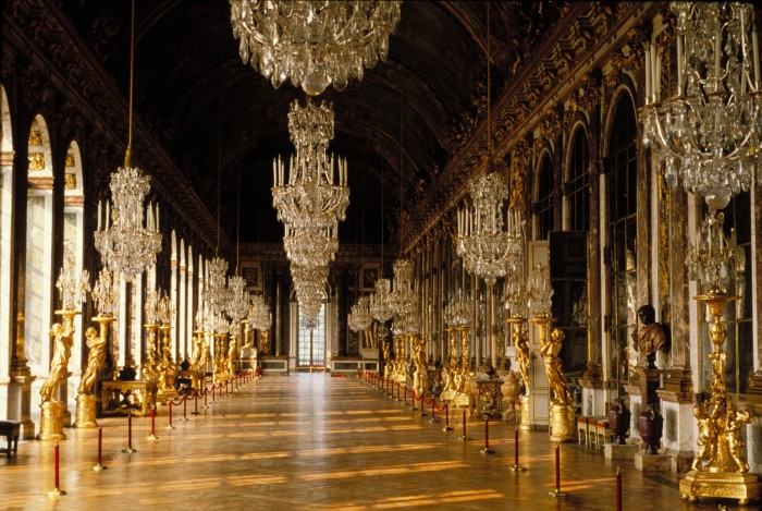 7  versailles- palace hall of mirrors