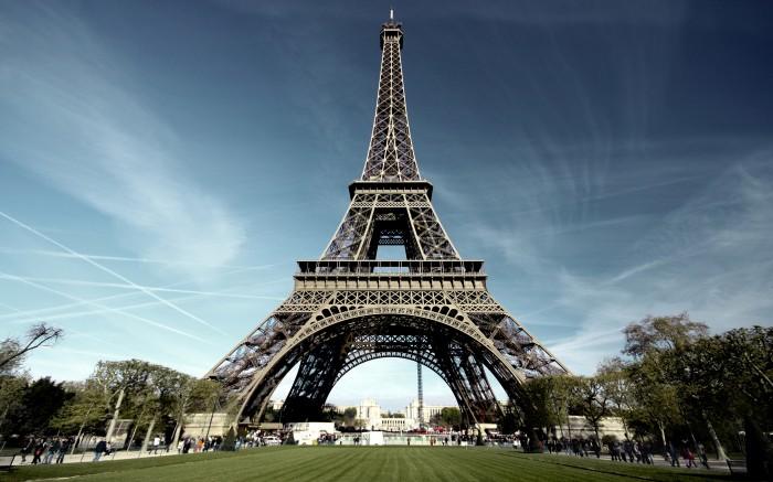 9 paris eiffel tower
