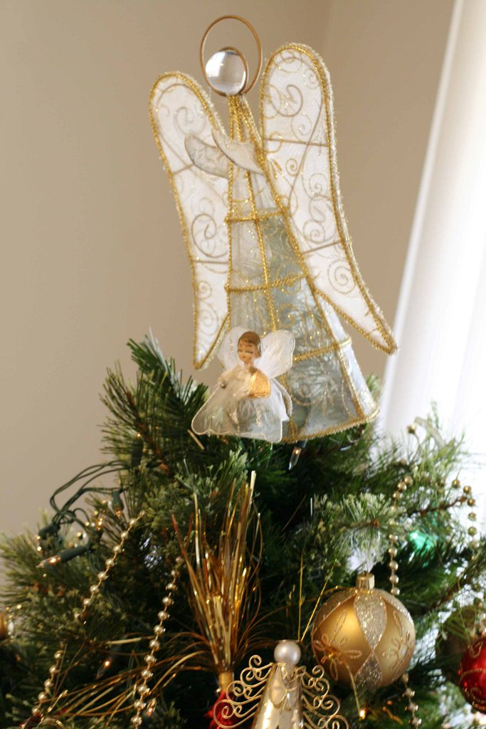 Top 10 Most Unique Christmas Tree Toppers
