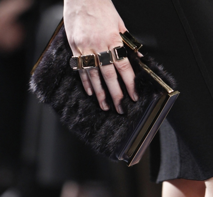 2014-Fall-2015-Winter-Jewelry-Trends-10