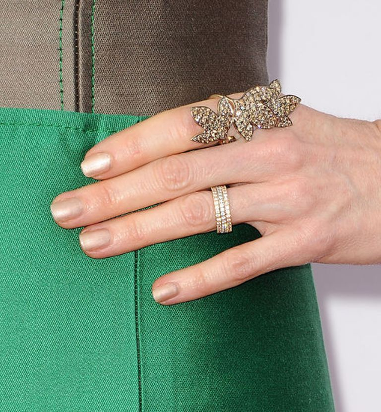 Darby-Stanchfield-metallic-nail-polish-trend-w724