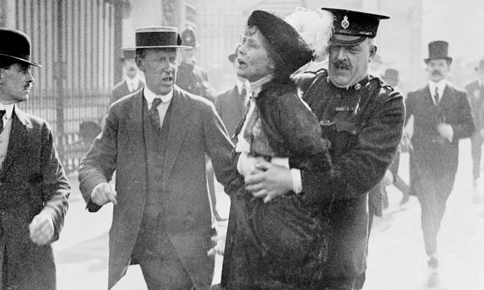 Emmeline-Pankhurst-arrest-014