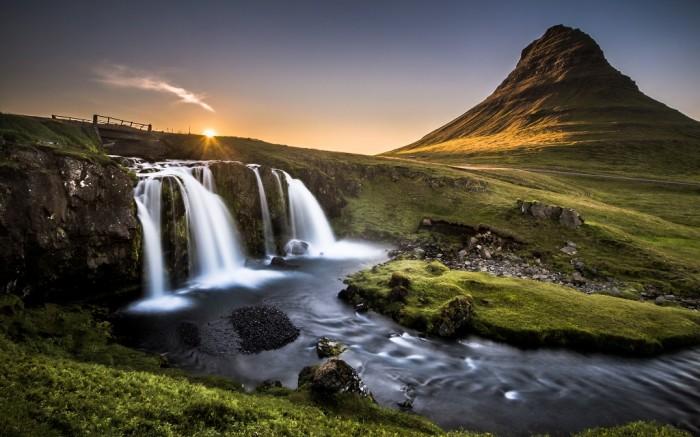 Kirkjufell-Iceland-Wallpaper