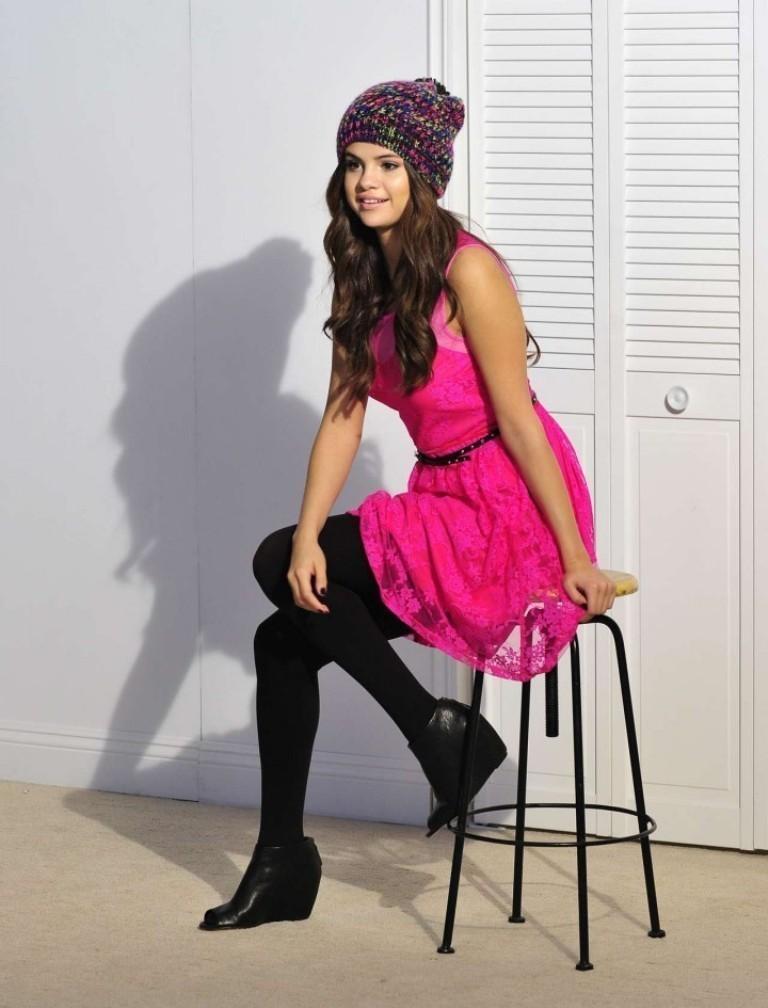 Selena-Gomez--Dream-Out-Loud-Fall-Campaign-2014-32-720x945