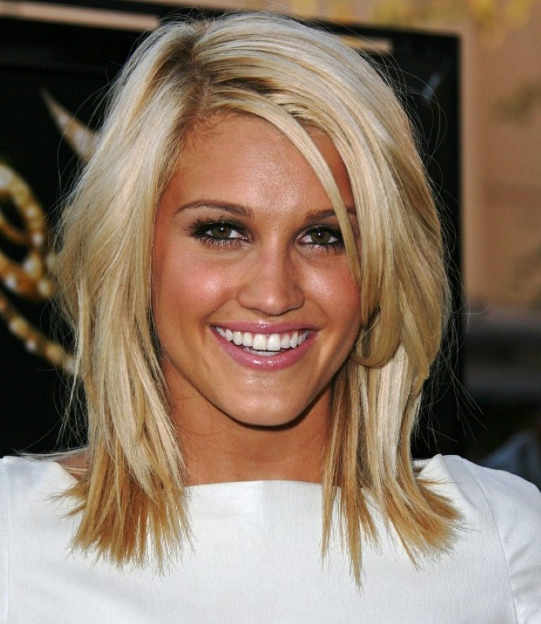 Popular Hairstyles 2015 wavy haircut for thick hair medium length hairstyles 2015 Short To Medium Hairstyles 2015