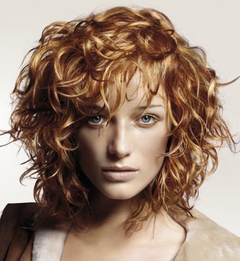 Top-Trendy-Curly-Hairstyles-for-Women-2014-2015-9