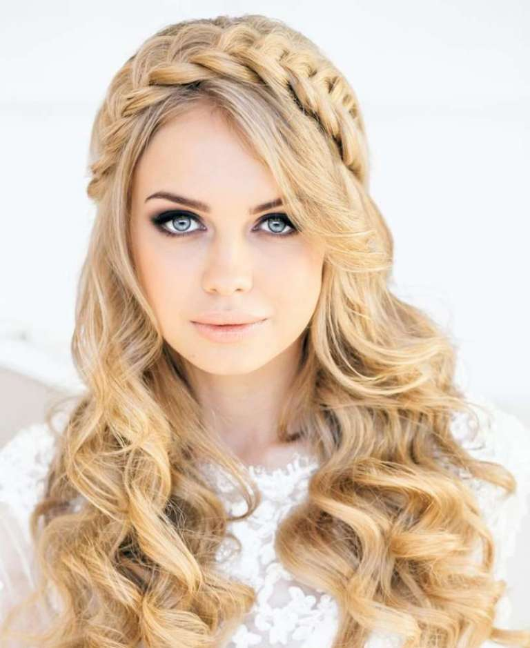 Top 10 Long Hairstyles For Women and try hairstyle at home