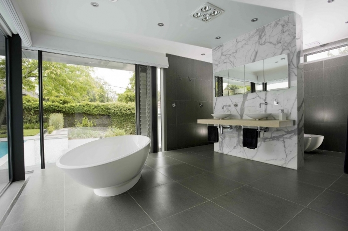 best-materials-bathroom-decorating-ideas-with-nice-design-ceiling