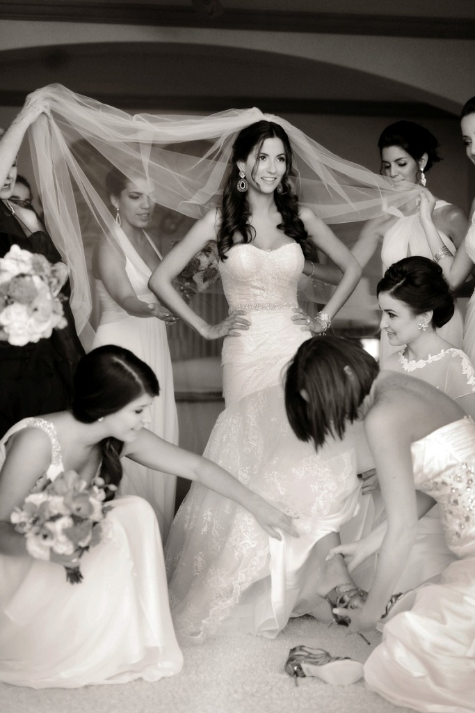 bridal-party-getting-ready-oneonly-palmilla-chris-and-lynn-photography