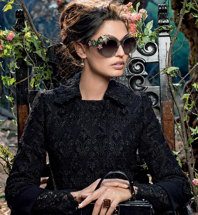 dolce-gabbana-adv-sunglasses-campaign-winter-2015-women-05