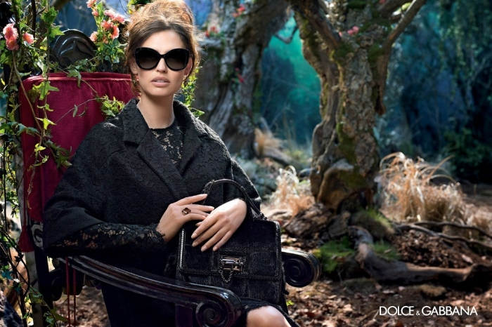 dolce-gabbana-adv-sunglasses-campaign-winter-2015-women-07