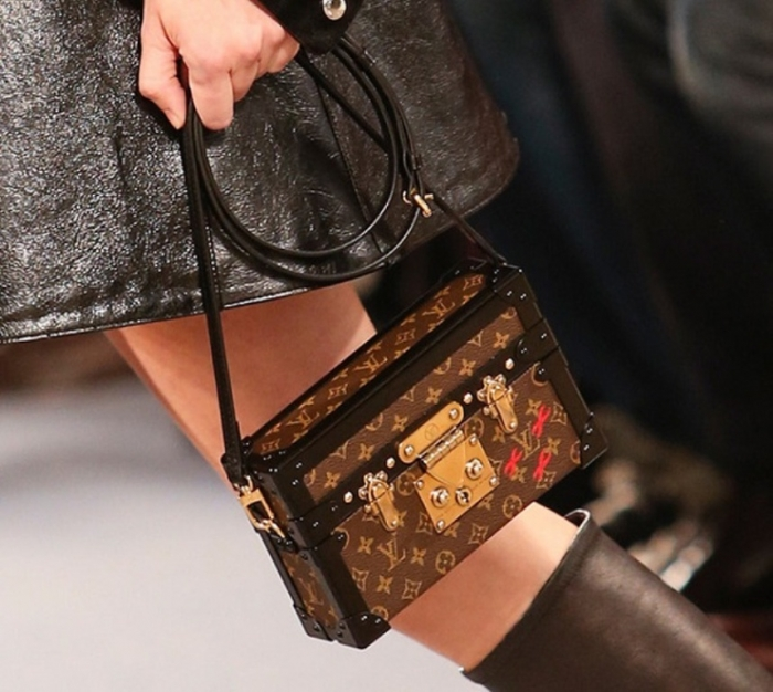 louis-vuitton-box-like-bag