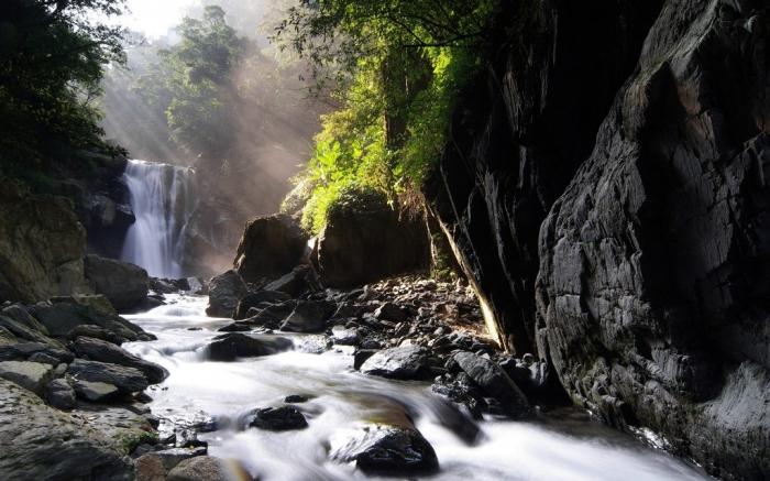 neidong_waterfall__wulai__taipei_county__taiwan
