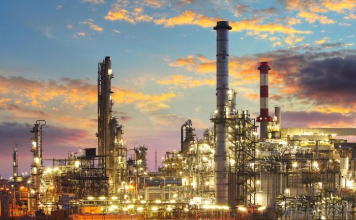 refinery-at-dusk