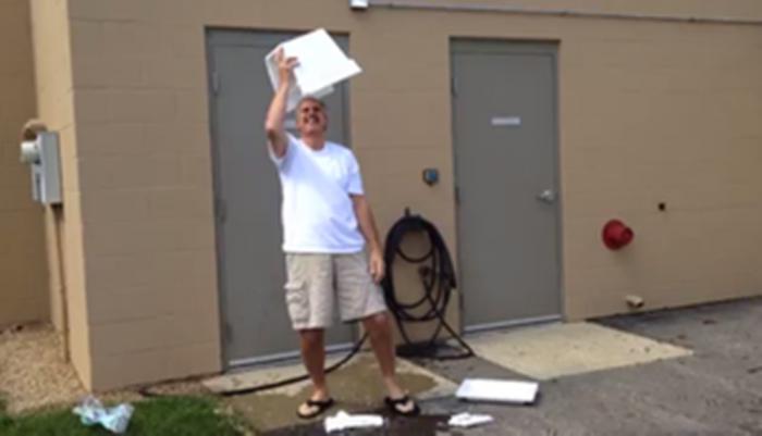 styrofoam-cooler-ice-bucket-fail