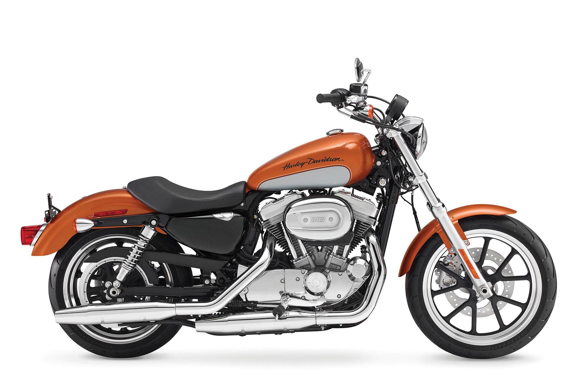 2           2014-Harley-Davidson-XL883L-SuperLow4