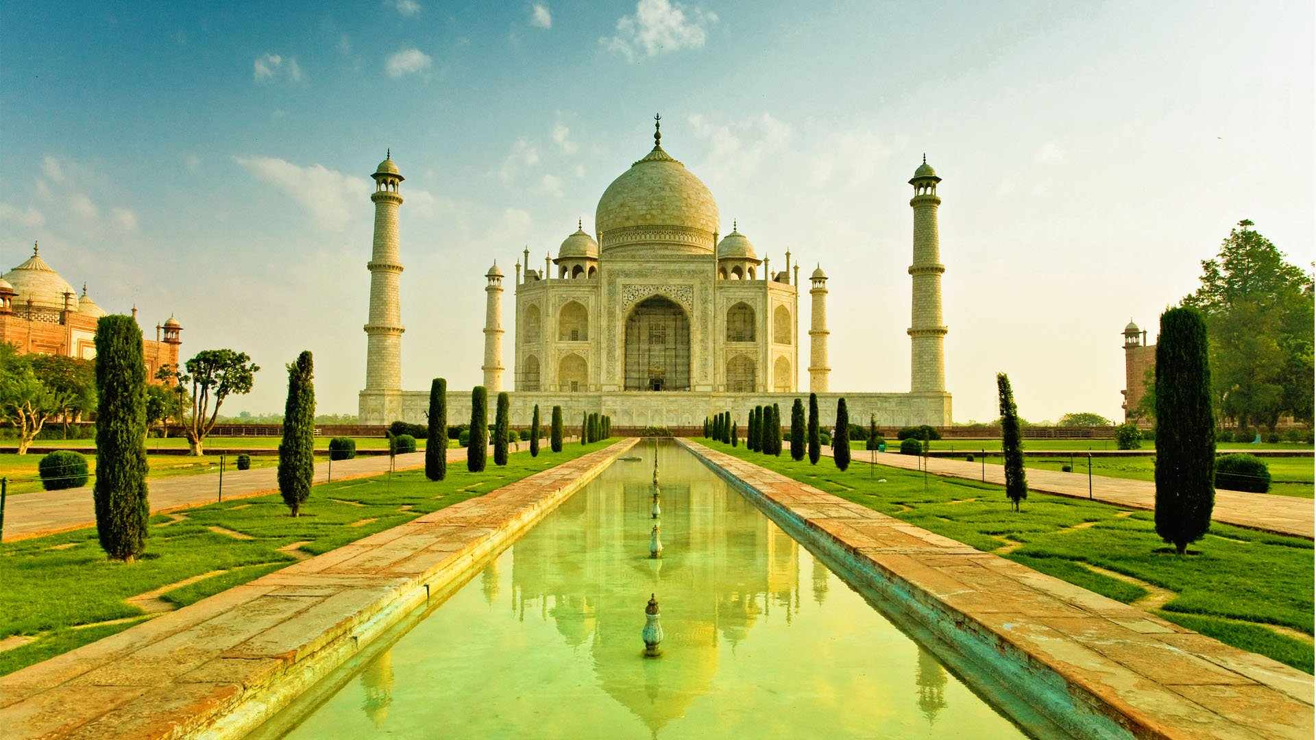 Top 10 Most Famous Buildings Around The World