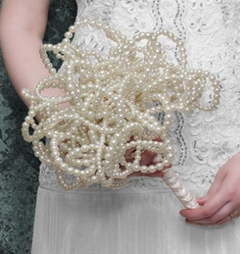 40-unique-and-non-traditional-wedding-bouquets-6