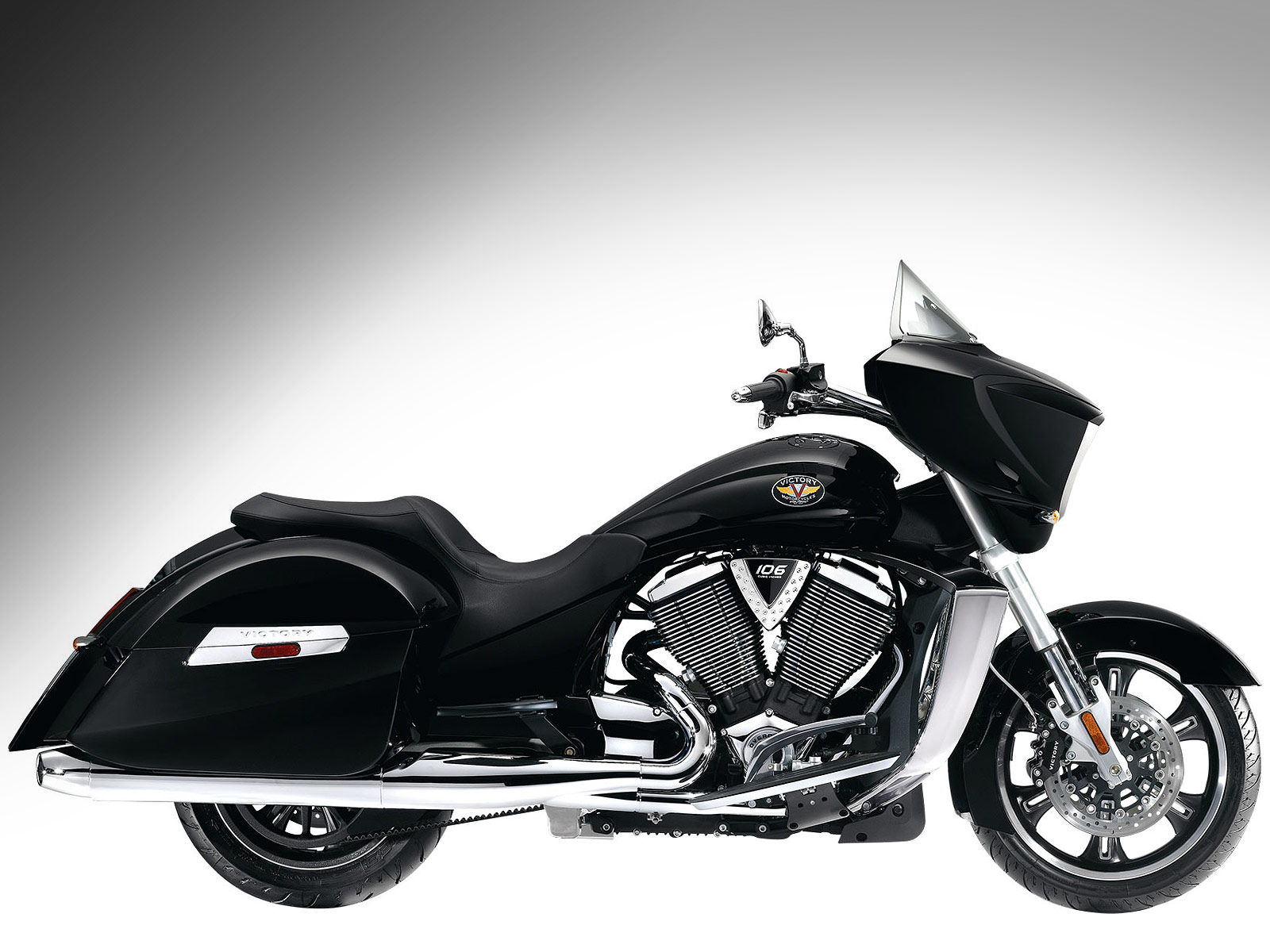 5     victory-motorcycles-2010-2
