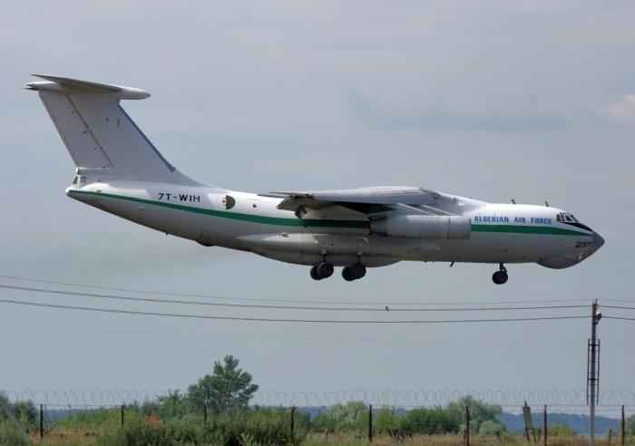 Algeria Ilyushin_IL-78_(7T-WIH)_Algerian_Air_Force