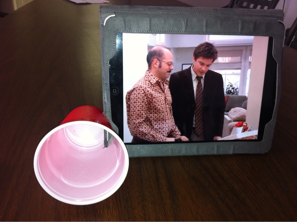 Create an amplifier for your tablet through using a solo cup