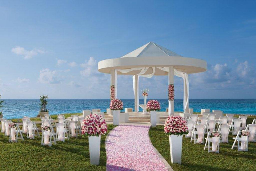 Mexico dreamscancun_wedding_gazebo
