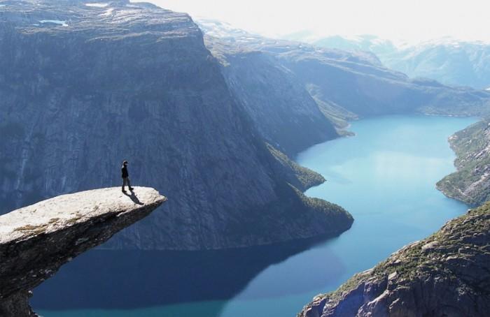 Norway trolltunga-norway
