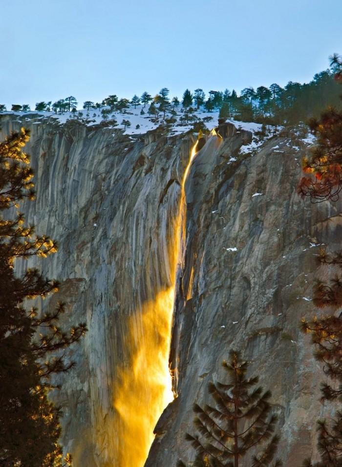 Yosemite Horsetail waterfalls