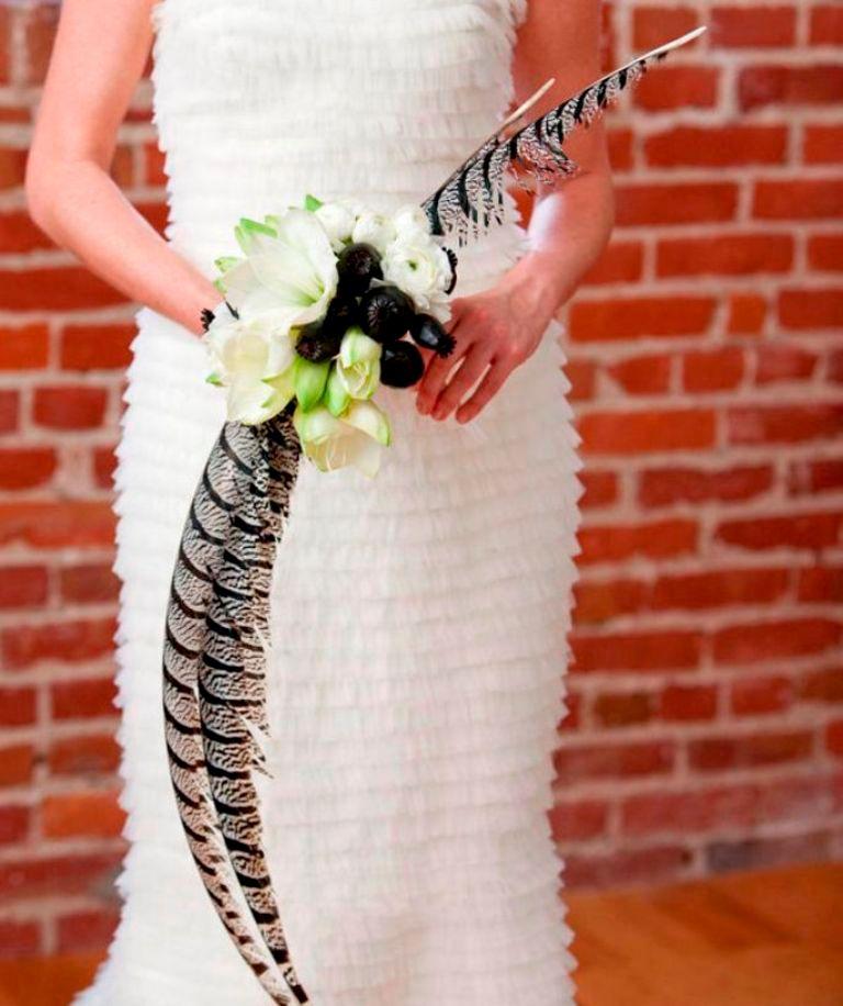 black-white-feather-wedding-bouquet