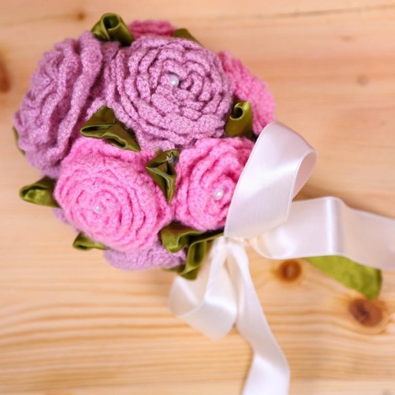 knitted flower bouquet