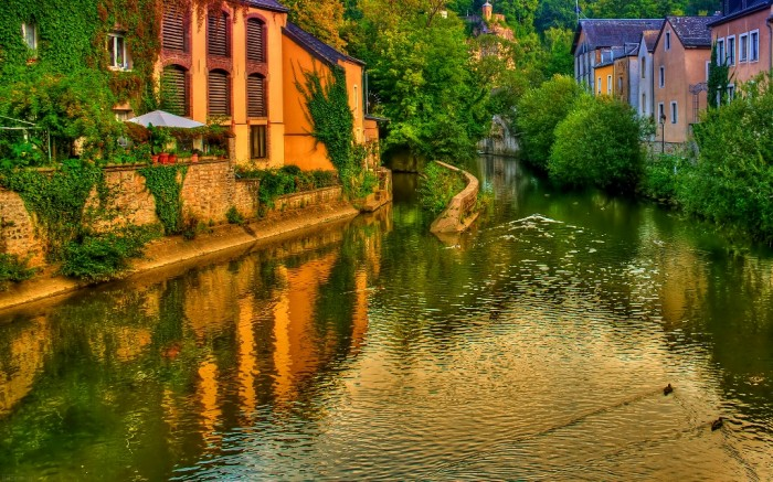 luxembourg-wallpaper-