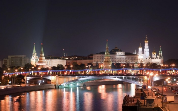 night-moscow-russia-2880x1800