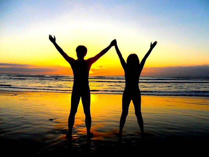 1280px-Beautiful_sunset_in_Taidong_beach