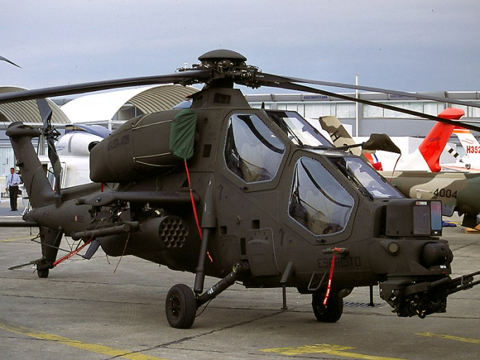 Top 10 Most Powerful Helicopters In the World Top Helicopter on steampunk helicopters, china helicopters, top attack helicopters, personal helicopters, usa helicopters, best helicopters, combat helicopters, american attack helicopters, military helicopters,