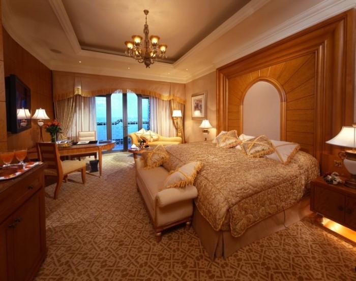Emirates-Palace_1258049162