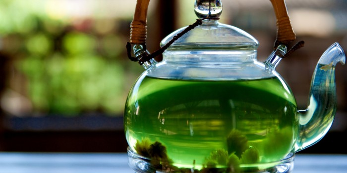Green tea for bones and joints