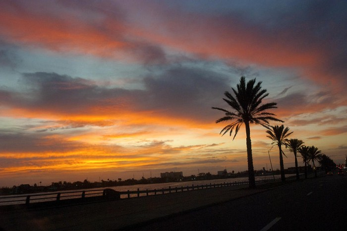 galveston-sunrise-robert-anschutz